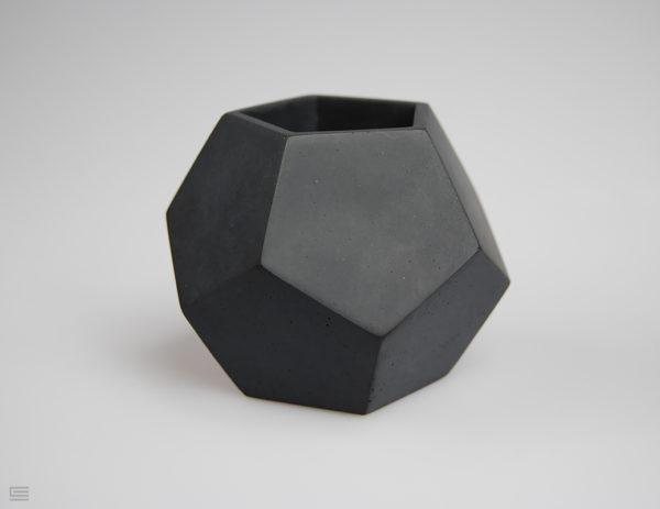 doniczka czarna